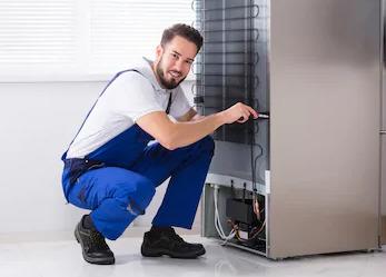 Своевременный ремонт холодильников от Техно-бот 2