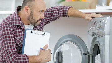 Откуда может течь стиральная машина, и как исправить